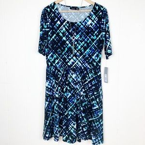 NWT Apt 9 fit and flare dress with graphic print